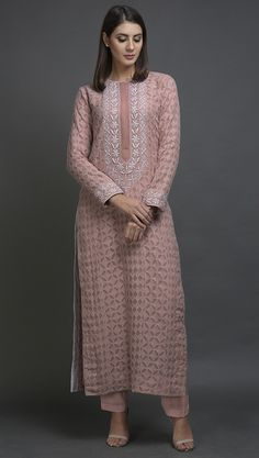 Pearl Pink Chikankari Hand Embroidered Pure Georgette Kurta Indian Attire, Indian Outfits, Indian Dresses, Indian Wear, Pakistani Dresses Casual, Casual Dresses, Fashion Dresses, Kurta Designs Women, Salwar Designs
