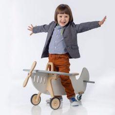 drewniany jeździk - samolot