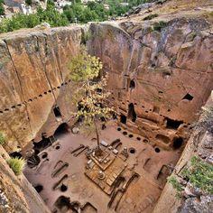 Gümüşler Manastırı Niğde Türkiye