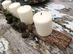 IMG_0702 Natural Christmas, Green Christmas, Pillar Candles, Seasons, Simple, Winter, Advent Ideas, Advent Wreaths, Design