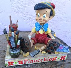 "Walt Disney classics collection  ""Pinocchio  Carved From The Heart""  Jim Shore"