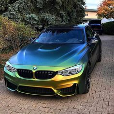 bmw Flipflop Gold Green bmwm bimmer car cars hot bmwshine carlifestyle carswithoutlimits lebanon livelovelebanon mpower m 4 bmwwithoutlimits mperformance Luxury Sports Cars, Sport Cars, Bmw M3, Carros Bmw, Bmw M Series, Bmw Autos, Audi, Car Racer, Bmw Love