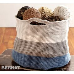Handy Basket | Croceht | Free Pattern | Yarnspirations | Bernat Maker Home Dec Yarn