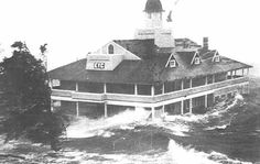 Edgewood Yacht Club in Cranston, Rhode Island withstands the storm surge from Hurricane Carol. Rhode Island History, Narragansett Bay, Storm Surge, Newport Rhode Island, New Bedford, Scary Places, Natural Disasters, Natural Phenomena, Historical Society