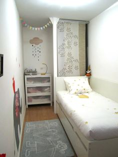 very small bedroom idea! Closet could go behind bed I love small rooms(even though I may say other wise)
