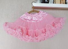 różowa Tulle, Skirts, Fashion, Moda, Fashion Styles, Tutu, Skirt, Fashion Illustrations