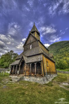 Cabin, Architecture, House Styles, Urn, Lattices, Arquitetura, Cabins, Cottage, Architecture Design