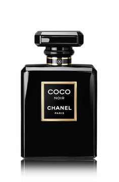 CHANEL COCO NOIR Eau de Parfum, oz - Striking top notes of Grapefruit and Bergamot accentuate the floral accord, with Rose and Jasmine, while Indonesian Patchouli and Sandalwood notes add warmth Perfume Chanel, Perfume Dior Mujer, Perfumes Dior, Perfume Glamour, Perfume Parfum, Perfume Floral, Best Perfume, New Fragrances, Fragrance Parfum