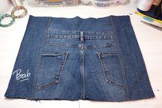 Gilet Jeans, Artisanats Denim, Jean 1, Denim Party, Denim Backpack, Jean Purses, Diy Bags Purses, Denim Crafts, Recycle Jeans