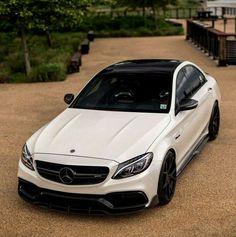 Look at this wonderful Mercedes AMG! What is your favorite amg model? What car would you get if you got to spend on a car? Mercedes Auto, Mercedes Benz C300, Benz Car, Lamborghini Aventador, Ferrari, Bmw, Audi, C 63 Amg, Mercedez Benz