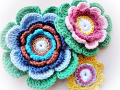 3 Lovely Crochet Flowers