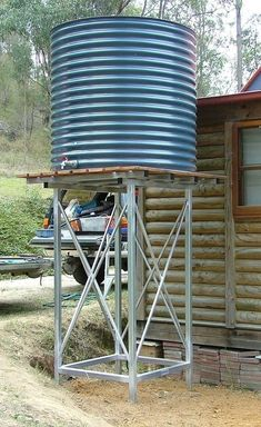 Collection of Ways To Catch Refreshing Rainwater – The Homestead Survival Water Collection System, Water Catchment, Rain Catchment System, Tank Stand, Rainwater Harvesting, Water Storage, Homestead Survival, Survival Skills, Water Conservation
