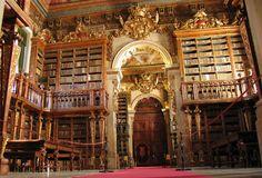 Murciélagos en Convento de Mafra y la Universidad de Coimbra - http://www.absolutportugal.com/murcielagos-antiguas-bibliotecas-portugal/