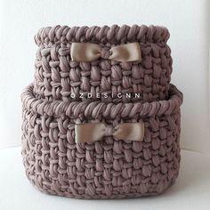 Kate's Crochet World Crochet Box, Love Crochet, Crochet Gifts, Crochet Yarn, Yarn Projects, Crochet Projects, Knitting Patterns, Crochet Patterns, Knit Basket