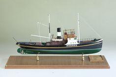 Hermes  275 tonluk, 7 metre eni, 42 metre boyuyla Hermes, 1922 yılında Hamburg'da inşa edilmiştir. Açık denizlerde arızalanan gemileri güvenli limanlara çekmek için kullanılan Hermes 14 mil hıza ulaşıyordu.
