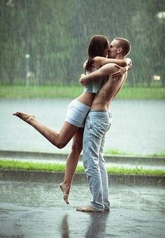 Kissing in the rain like no one is watching. - juntoslubricants.com