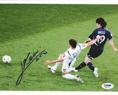 Lionel Messi Signed 8x10 Photograph - PSA/DNA - Sports Memorabilia