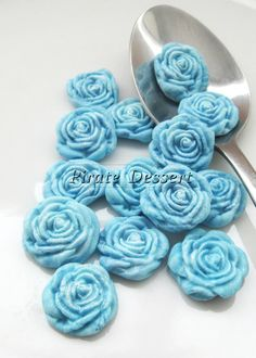 Hey, I found this really awesome Etsy listing at https://www.etsy.com/listing/163597723/blue-fondant-roses-cupcake-toppers-sugar