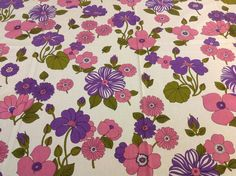VTG Bevis fabric material  Kew  60s 70s daisy design remnant