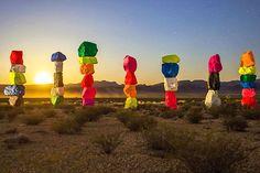 Seven Magic Mountains est votre seul espoir dans le désert   The Creators Project