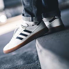 lowest price 79c17 16685 Adidas Wilsy SPZL Navy  White