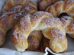 homemade and handmade croissant recipe .the best ever Albanian Recipes, Croatian Recipes, Hungarian Recipes, Great Desserts, Delicious Desserts, Dessert Recipes, Yummy Food, Sweet Pastries, Bread And Pastries