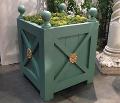 Ashton - French Style Orangerie Planter Box With Medallions