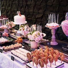 #DessertTablescape Sweet Tables Chicago #colinweddings