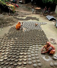 Women working in the pottery village Khulna, Bangladesh