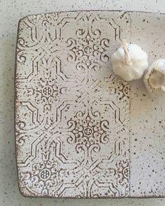 Dark stoneware handbuilt platter  #stoneware #handbuilt #rustic  #burleigh #goldcoast #pottery  #ceramics #propstyling #homewares…