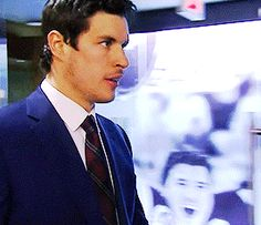 Sidney Crosby - could watch him walk for hours