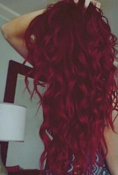 75 Crazy Pastel Hair Color Ideas For Unique Hairstyles - Haarfarben Ideen Colored Curly Hair, Long Curly Hair, Curly Hair Styles, Bright Colored Hair, Curly Blonde, Bright Hair, Frizzy Hair, Kinky Hair, Colorful Hair