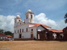 Igreja Nossa Senhora do Carmo, em Alcântara, Maranhão, Brasil.  Fotografia: Nando Cunha.