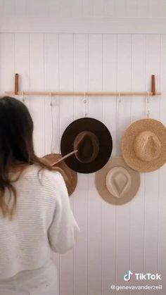 Diy Hat Rack, Hat Hanger, Diy Hat Hooks, Wall Hat Racks, Hat Organization, Organizing, Hanging Hats, Hat Storage, Hat Display