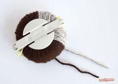 Craft tutorial on how to make simple and cute pom pom hedgehogs. Pom pom crafts for kids made easy. Craft Stick Crafts, Fun Crafts, Hobbies And Crafts, Arts And Crafts, Crafts To Make And Sell, How To Make, Pom Pom Animals, Hedgehog Craft, Animal Rug