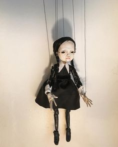Dark Enchantment: The Art of Handsome Devils Puppets