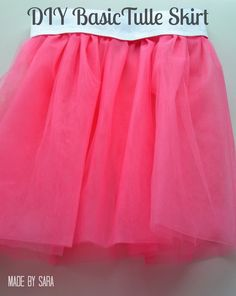 A tulle skirt for all occasions – a tutorial I remember vividly the first time I gave my older girl a tulle skirt. Her glowing eyes, her happiness, it's an image I won't forget… She was three at the time and she loved to spend her day dancing around all over the house pretending she was a ballerina, so I thought a tulle skirt was the perfect