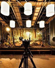 Pin by paco herrera on photo освещение Stop Motion Photography, Video Photography, Studio Lighting Setups, Lighting Ideas, Movie Shots, Epic Photos, Video Lighting, Wall Colors, Videography