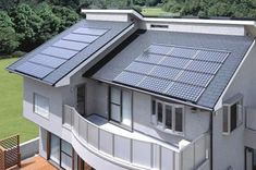Home Solar Energy. Making the decision to go eco friendly by converting to solar power is certainly a positive one. Solar power is now becoming viewed as a solution to the planets power demands. Solar Energy Panels, Solar Panels For Home, Best Solar Panels, Solar Energy System, Solar Power, Wind Power, Solar Energy For Home, Landscape Arquitecture, Solar Roof Tiles