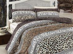 Učarovaly vám zvířecí vzory? Kvalitní, bavlněné povlečení v přírodních barvách vás určitě zaujme.     Z obou stran má povlečení stejný potisk.     Zapínání je na zip.     Ložní souprava je vyrobena ze 100% hladké bavlny. Safari, Duvet Cover Sets, Queen, Comforters, Blanket, Bed, Design, Furniture, Home Decor