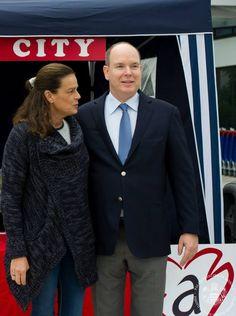 """Opération de dépistage VIH/Sida avec la fondation crée par la Princesse Stéphanie de Monaco """"Fight Aids Monaco""""."""