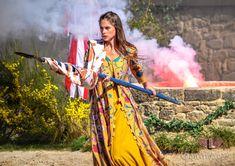 La mission de Jeanne d'Arc dans les PROPHETIES DE MERLIN (3) Medieval Fair, Jeanne D'arc, Wrap Dress, Fans, Fashion, Time Travel, Moda, Fashion Styles, Wrap Dresses