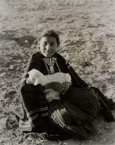 Age 12 or 13 Young Navajo girl,  1933,  Laura Gilpin. (1891 - 1979)
