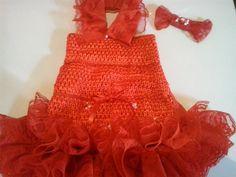vestido confeccionado com tecidos maleavel , muito confortavel , com rendas, perola e laços de cetim PP 36,99 P 46,99 M 56,99 G 65,00 R$ 36,99