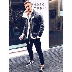 1,098 Likes, 5 Comments - @menfashioner on Instagram