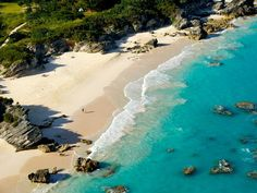 Looking to extend your summer? Bermuda is offering fall vacation specials!