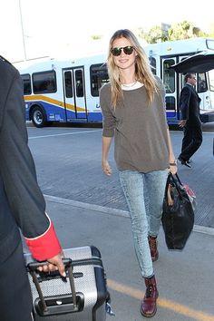 Airport Style, Designer Shoes, Capri Pants, Travel Outfits, Tote Bag, Bags, Fashion, Travel Clothing, Handbags
