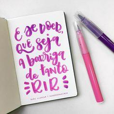 se a dor vier que seja de alegria! Instagram, Scribble, Words, Love Phrases, Ideas, Joy, Pen And Wash