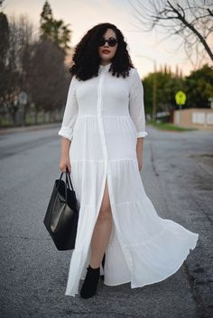 Girl With Curves: Tiered Maxi Dress. Live this look! Look Plus Size, Plus Size Girls, Plus Size Casual, Plus Size Women, Curvy Girl Fashion, Look Fashion, Plus Size Fashion, Kids Fashion, Street Fashion