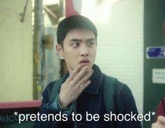 when EXO won another daesang award Kyungsoo, Chanyeol, Memes Exo, Funny Memes, K Pop, Jimin, Hot Korean Guys, Xiuchen, Drama Memes
